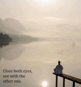この画像には alt 属性が指定されておらず、ファイル名は close-both-eyes-see-with-the-other-one-278x300.jpg です